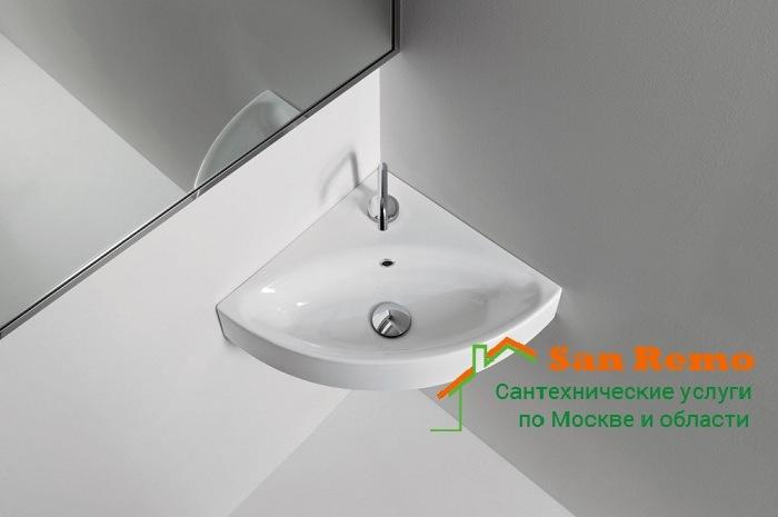 Установка угловой раковины в ванной, цены и расценки на монтаж угловой мойки в ванной в Москве на San-Remo77.ru